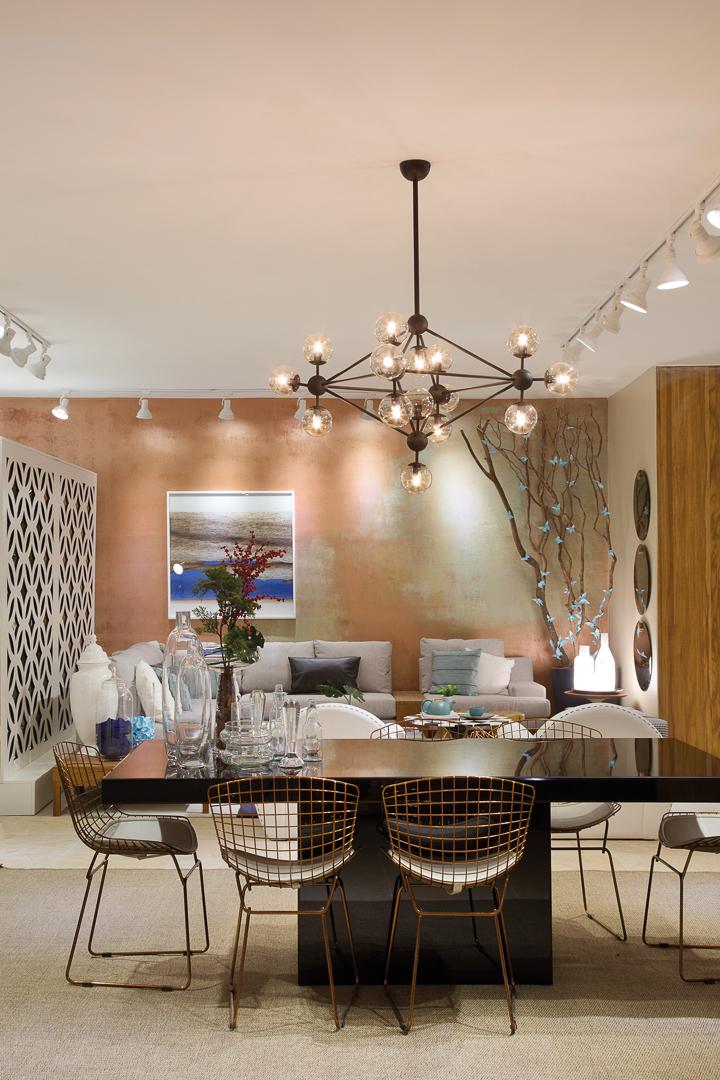 Mostra Sierra Rio - Sala de Jantar - Cadeira Bertoia e Mesa de Jantar