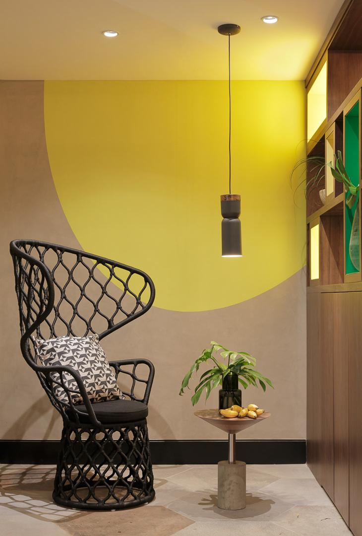 tidelli-hotel-yoo2-poltrona-painho-preta