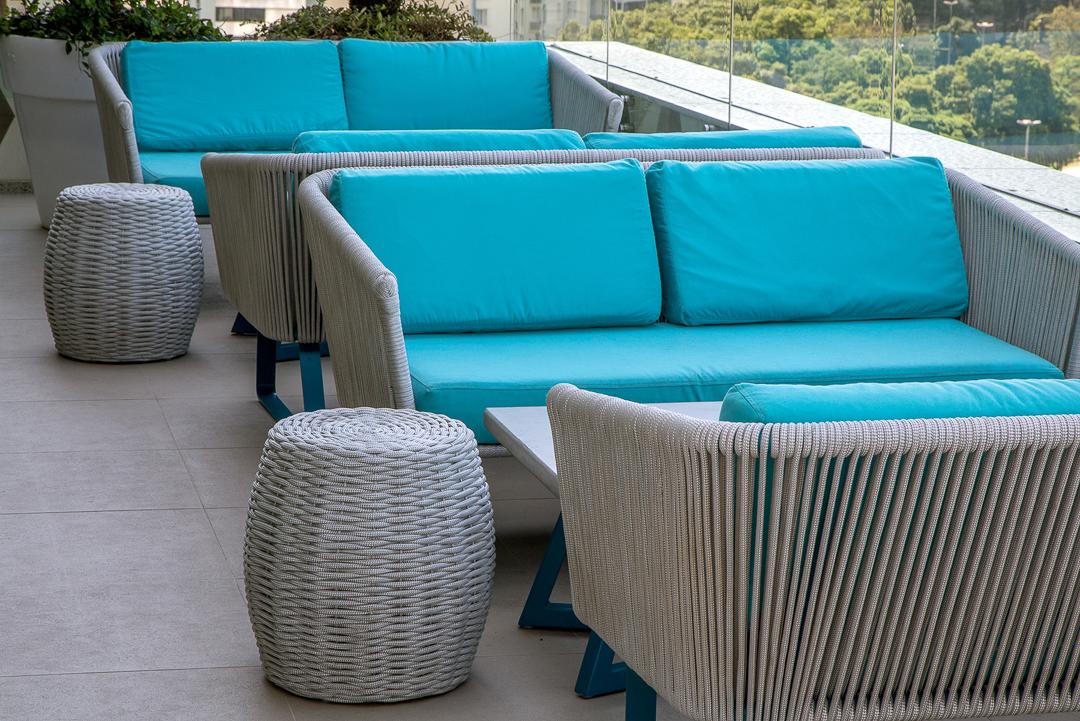 tidelli-hotel-yoo2-sofa-puff-marina-branco-azul